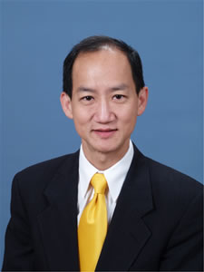 pic of Dr. Lee